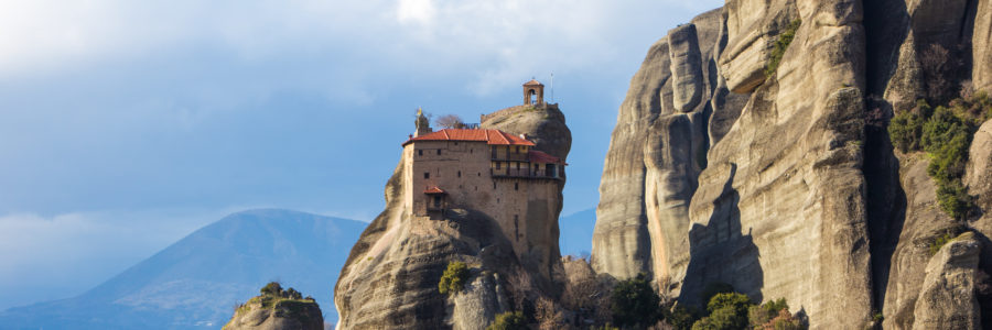 5 Essential Tips for Visiting Metéora Monasteries